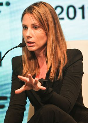 Laetitia Garriott de Cayeux - De Cayeux at the New York Forum 2011