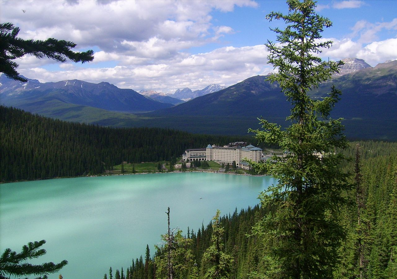 Lake Louise Canada Hotels
