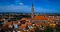 Landshut, Kirche Skt Martin mit dem höchsten Backsteinturm der Welt (130m) und höchsten Kirchturm Bayerns (11979029333).jpg