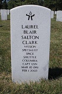 Laurel Clark gravestone (cropped).jpg