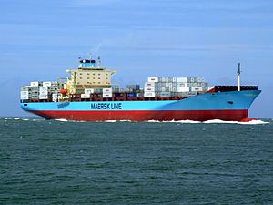Laust Maersk p02 approaching Port of Rotterdam, Holland 14-Jul-2007.jpg