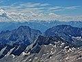 Le Alpi dalla cima della ZUGSPITZE (D) m 2962 slm - panoramio.jpg