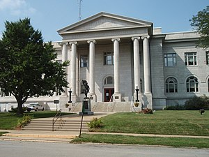 Leavenworth County, Kansas - Image: Leavenworth county kansas courthouse 2009