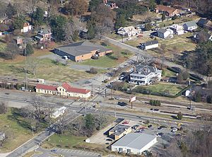 Lee Hall, Virginia - Lee Hall in December 2007