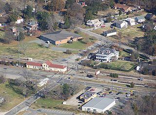 Lee Hall, Virginia Neighborhood in Virginia, United States