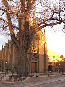 Loretto Chapel, Santa Fe NM.jpg