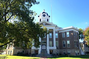 Love County, Oklahoma - Image: Love County Courthouse Marietta OK