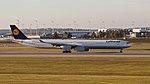 Lufthansa Airbus A340-642 D-AIHI MUC 2015 01.jpg
