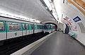 Métro de Paris - Le Peletier 01.jpg