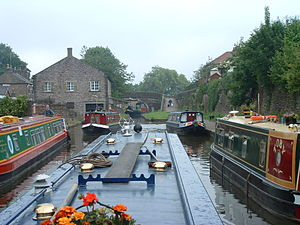 Macclesfield Canal - Macclesfield canal just before Marple Junction