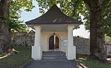 Magdalensberg Ottmanach Friedhofsportal 18072015 5918.jpg