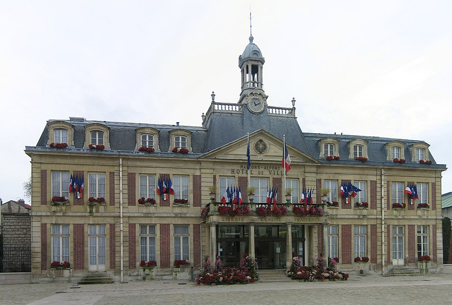 France commune de alfortville for Piscine maisons alfort