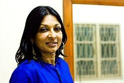 Mallika-sarabhai-before-performance-saarang-2011-iit-madras.jpg