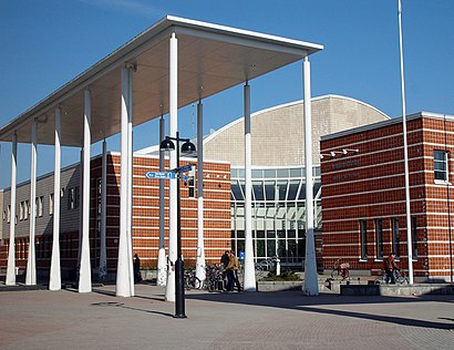 How to get to Malmitalo with public transit - About the place