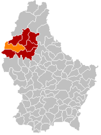 Map of Luxembourg with Lac de la Haute-Sûre highlighted in orange, the district in dark grey, and the canton in dark red