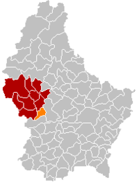 Map of Luxembourg with Saeul highlighted in orange, the district in dark grey, and the canton in dark red