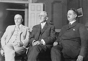 George Wallace William Hanger - Martin Augustine Knapp, William Lea Chambers and George W. W. Hanger in 1913