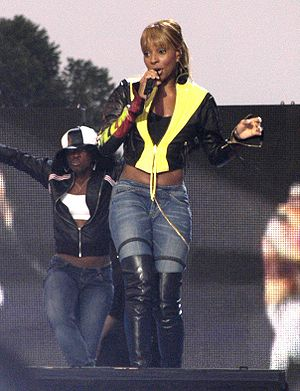 R&B singe Mary J. Blige gained her third numbe...