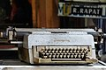 Mesin Ketik Klasik (Typewriter).jpg