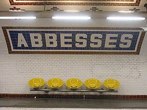 Metro Abbesses.jpg