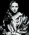 Michelle Phillips 1977 press photo.jpg