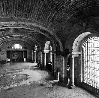 Michigan Central Station - Mezzanine (2010)