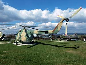Mil Mi-8T 'Hip-C' - 909 - East-German Air Force pic3.JPG