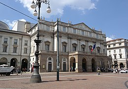 Milano - Teatro la Scala.JPG