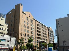 Momoyama Gakuin Junior High School and high school in 201705 003.jpg