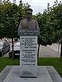 Monument in Wolborz (Pilsudski).jpg
