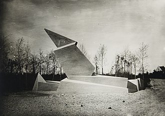 Bauhaus - 1921/2, Walter Gropius' Expressionist Monument to the March Dead