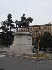 monumento a garibaldi brescia by stefano bolognini