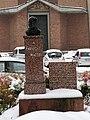Monumento in commemorazione di Enrico Mattei a Pavia.jpg