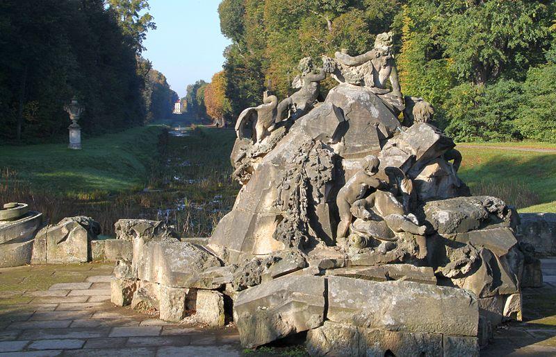 Datei:MoritzburgOct11 Venusbrunnen.jpg