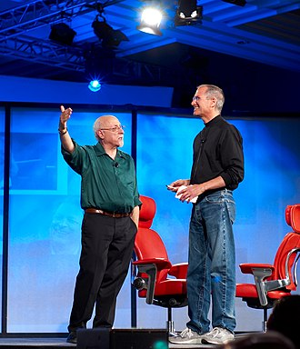 Walt Mossberg - Walt Mossberg (left) with Steve Jobs (right) at All Things Digital 5 in 2007