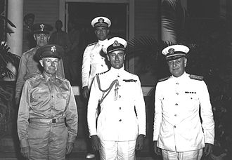 Louis Mountbatten, 1st Earl Mountbatten of Burma - Mountbatten, Walter Short, and Husband Kimmel in Hawaii 1941
