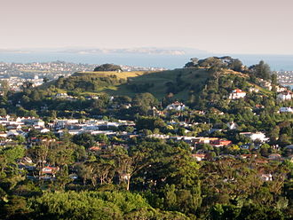 Mount Hobson (Auckland) - Ōhinerau / Mount Hobson as viewed from One Tree Hill.