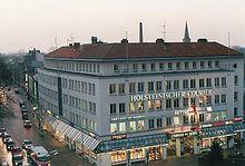 91e9d394c128e3 Das ehemalige Holsteinischer Courier-Haus am Gänsemarkt