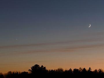 New moon setting 1.jpg