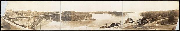 Le cascate del Niagara viste dal Clifton Hotel nel 1912.