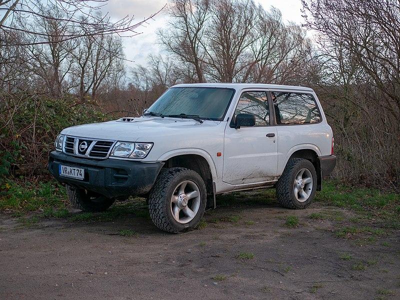 File:Nissan Patrol, Ribnitz-Damgarten (P1070877).jpg