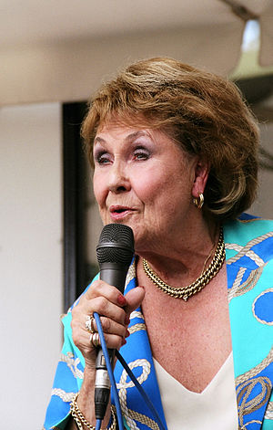Rita Reys - Reys performing in Hotel De Watergeus, Noorden, the Netherlands, in 2004