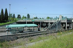Northeast 82nd Avenue MAX station.jpg