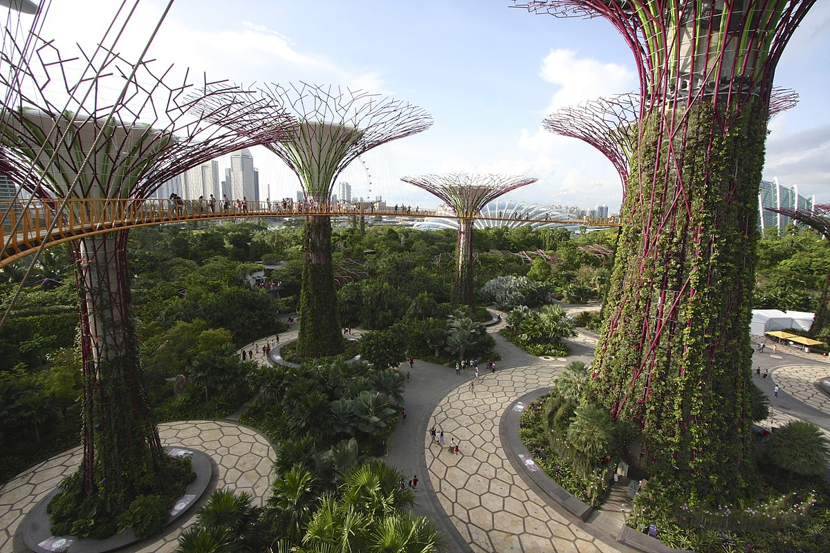 Gardens by the bay wikipedia for Garden city trees