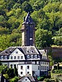 Oberwesel – Kath. Jugendheim vor der Stadtmauer - panoramio.jpg