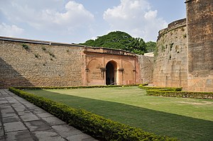 Bangalore Fort - Image: Old Bangalore Fort, Inside View