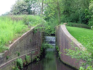 Shrewsbury Canal - Old lock chamber at Eyton upon the Weald Moors