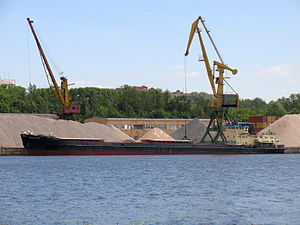 Omskiy-20 in North River Port 20-jun-2012 01.JPG