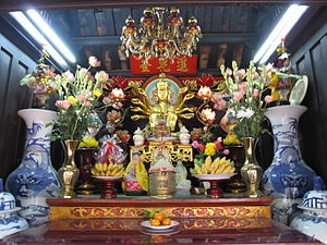 One Pillar Pagoda - Small shrine devoted to Avalokitesvara Boddhisatva inside the pagoda