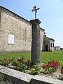 Oratorio della Santissima Trinità, colonna votiva (Pernumia) 01.jpg